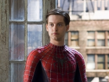 https://www.filmibeat.com/img/2017/04/look-who-s-back-tobey-maguire-will-be-seen-in-a-big-new-role-11-1491905938.jpg