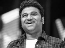 https://www.filmibeat.com/img/2017/06/devi-sri-prasad-05-1496678125.jpg