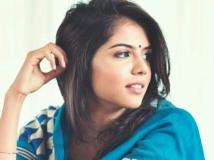 https://www.filmibeat.com/img/2017/07/kalyanipriyadarshan-19-1500464321.jpg
