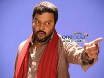 https://www.filmibeat.com/img/2017/07/kuru-saikumarshakuni-image1-25-1500988477.jpg