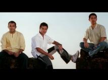 https://www.filmibeat.com/img/2017/09/28-dil-chahta-hai-14-1505364517.jpg