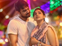 https://www.filmibeat.com/img/2017/10/mayanadhi-first-look-poster-tovino-thomas-aashiq-abu-26-1509035667.jpg