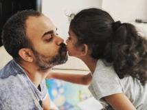 https://www.filmibeat.com/img/2019/02/kgf-director-prashanth-neel-family-photos-1548827885100-1549168669.jpg