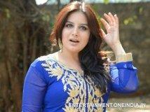 https://www.filmibeat.com/img/2019/03/07-pooja-gandhiladyghajini-1552975292.jpg