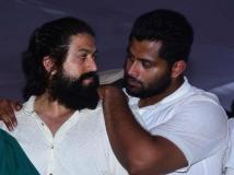 https://www.filmibeat.com/img/2019/04/1abhishekambarish-1554817999-1554824527.jpg