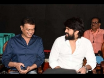 https://www.filmibeat.com/img/2019/04/yashandvijay-4-1546692234-1546771845-1556332441.jpg