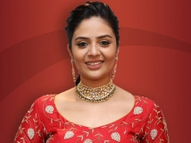https://www.filmibeat.com/img/2019/07/sreemukhi4-1564490089.jpg