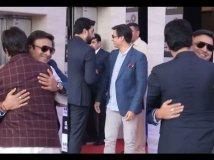 https://www.filmibeat.com/img/2019/09/abhishek-bachchan-hugs-vivek-oberoi-despite-his-nasty-dig-at-aishwarya-rai-bachchan-salman-khan-1568011508.jpg