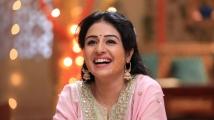 https://www.filmibeat.com/img/2019/10/paridhi-sharma-from-patiala-babes-1572078475.jpg