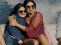 https://www.filmibeat.com/img/2019/10/the-sky-is-pink-full-movie-leaked-online-tamilrockers-to-download-in-hd-1570790319.jpg