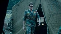 https://www.filmibeat.com/img/2019/10/sarileruneekevvaruoverseasrightsacquiredbygreatindiafilms-maheshbabufanshappy-1570880738.jpg
