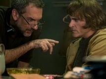 https://www.filmibeat.com/img/2019/11/joker-sequel-on-cards-1574414478.jpg