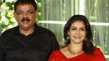 https://www.filmibeat.com/img/2019/12/priyyadarshan-lissy-wedding-anniversary-1576264940.jpg