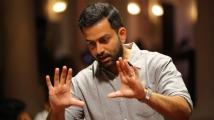 https://www.filmibeat.com/img/2020/01/prithviraj-dedicates-empuraan-to-bharath-gopi-1-1580311832.jpg