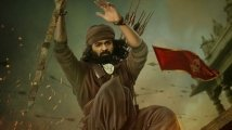 https://www.filmibeat.com/img/2020/02/pranav-mohanlal-marakkar-arabikadalinte-simham-first-look-1582789883.jpg