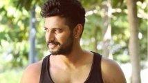https://www.filmibeat.com/img/2020/03/darling-krishna-1585070022.jpg
