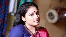 https://www.filmibeat.com/img/2020/03/haripriya-152541078740-1583930511.jpg
