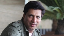 https://www.filmibeat.com/img/2020/04/madhurbhandarkar-1585746710.jpg