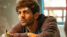 https://www.filmibeat.com/img/2020/05/kartik-aaryan-1-1588935547.jpg