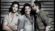 https://www.filmibeat.com/img/2020/06/abhay-deol-farhan-akhtar-1593499666.jpg