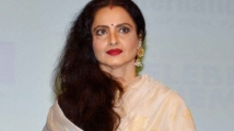 https://www.filmibeat.com/img/2020/07/rekha-1594808890.jpg