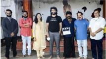 https://www.filmibeat.com/img/2020/08/gurthundhaseethakalam-1598607479.jpg