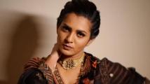 https://www.filmibeat.com/img/2020/08/parvathy-thiruvothu-makes-revelations-malayalam-superstar-1598034433.jpg