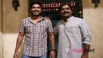 https://www.filmibeat.com/img/2020/08/vishnuvishalandkarunakaran-1598597752.jpg