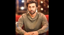 https://www.filmibeat.com/img/2020/09/ranbir-kapoor-in-real-life-3-1601382800.jpg