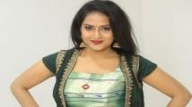 https://www.filmibeat.com/img/2020/09/sravani-1600173011.jpg