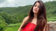 https://www.filmibeat.com/img/2020/09/akanksha-1600688701.jpg