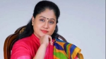 https://www.filmibeat.com/img/2020/11/vijayashanti-1605242895.jpg