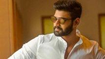 https://www.filmibeat.com/img/2020/11/bellamkonda-sai-srinivas-to-announce-his-bollywood-debut-tomorrow-1606424105.jpg