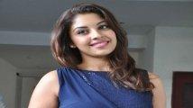 https://www.filmibeat.com/img/2020/11/richagangopadhyay-1606367582.jpg