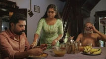 https://www.filmibeat.com/img/2021/01/the-great-indian-kitchen-movie-review-1-1611614628.jpg