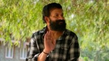 https://www.filmibeat.com/img/2021/01/vellam-movie-review-jayasurya-s-performance-is-the-soul-of-this-deeply-moving-survival-drama-1611317482.jpg