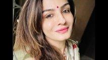https://www.filmibeat.com/img/2021/02/raveena1-1614249134.jpg