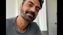 https://www.filmibeat.com/img/2021/04/arjun-rampal-1619082497.jpg