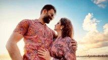 https://www.filmibeat.com/img/2021/04/prithviraj-sukumaran-supriya-menon-anniversary-1619362874.jpg