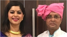 https://www.filmibeat.com/img/2021/05/sneha-wagh-with-father-1200-1619877499.jpg