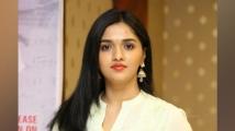 https://www.filmibeat.com/img/2021/05/sunainaa-1620628388.jpg