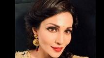 https://www.filmibeat.com/img/2021/07/flora-saini-1627299083.jpg