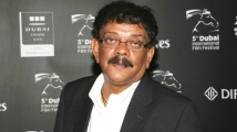 https://www.filmibeat.com/img/2021/07/priyadarshan-1625574159.jpg