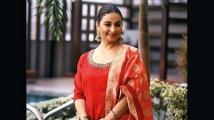 https://www.filmibeat.com/img/2021/09/divyadutta-1631257837.jpeg