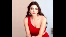 https://www.filmibeat.com/img/2021/09/lahari-1632300814.jpg