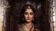 https://www.filmibeat.com/img/2021/09/reginacassandra-1631621222.jpg