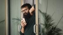 https://www.filmibeat.com/img/2021/09/sunny-1632385853.jpg