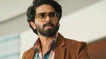 https://www.filmibeat.com/img/2021/10/dulquer-salmaan-theatre-release-november-1633743587.jpg