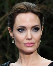 Angelina Jolie: Age, Photos, Family, Biography, Movies, Wiki