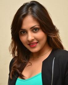 Madhu Shalini: Age, Photos, Family, Biography, Movies, Wiki & Latest